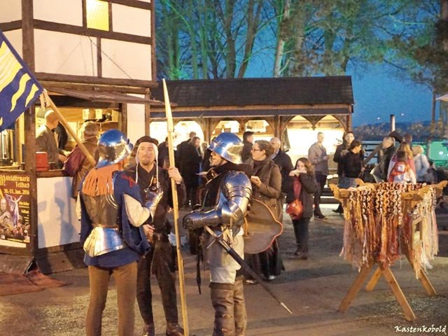 Mittelalterlicher Adventsmarkt Stettenfels