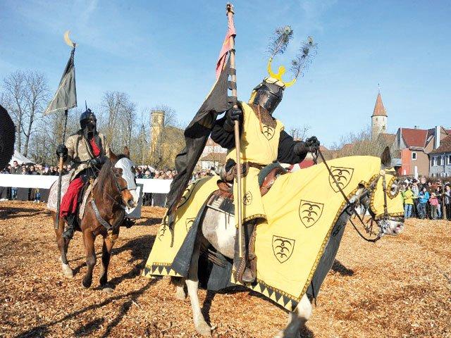 Stadtfeiertag/Februarmarkt mit Mittelaltermarkt