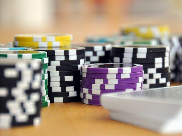 Poker_web.jpg