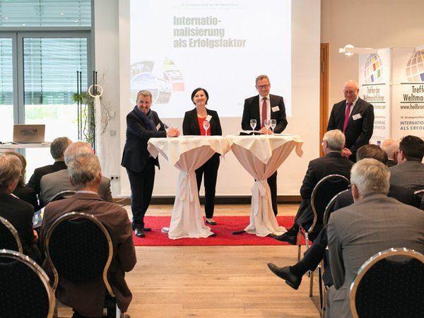 Quelle_WHF-GmbH_Schlosser-Photoart2.jpg