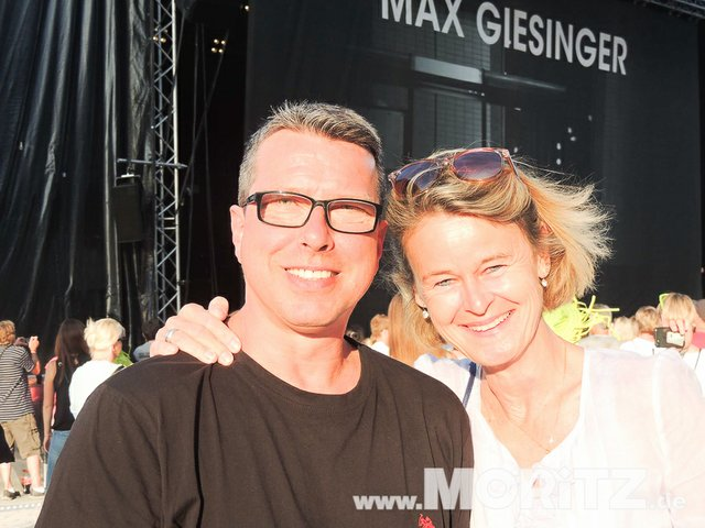 Max Giesinger beim Reutlinger Sommer Open Air, 03.06.18 (19 von 64).jpg