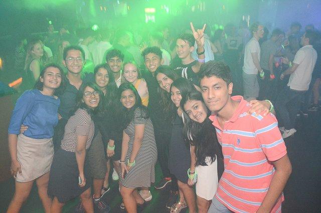 Neon Single Party 08.06.18 (21 von 41).jpg