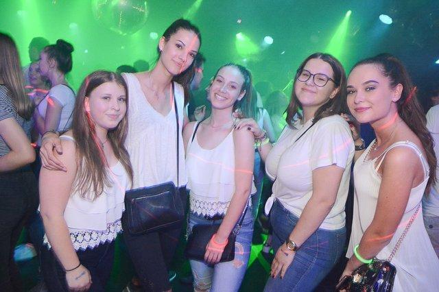 Neon Single Party 08.06.18 (23 von 41).jpg