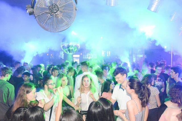 Neon Single Party 08.06.18 (31 von 41).jpg