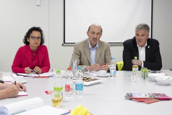 Stellen die enge Kooperation von Buga und Experimenta vor: Buga-Chef Hanspeter Faas (rechts), Experimenta Geschäftsführer Dr. Wolfgang Hansch (Mitte) und Dr. Bärbel Renner, Bereichsleiterin Kommunikation und Verwaltung.