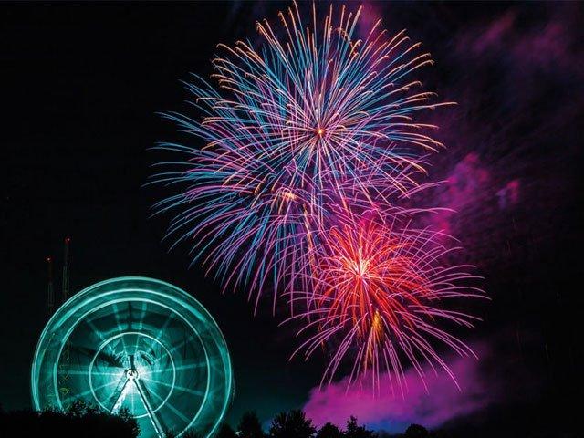 Skyline Park bei Nacht 2018