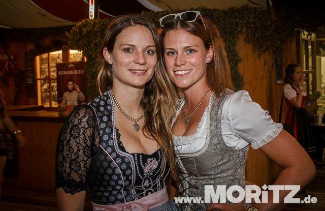 8.10. Onetaste-Studentennacht im Wasenwirt Zelt auf dem Cannstatter Volksfest (4 von 80).jpg