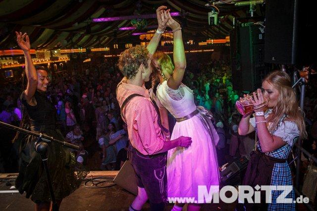 8.10. Onetaste-Studentennacht im Wasenwirt Zelt auf dem Cannstatter Volksfest (24 von 80).jpg