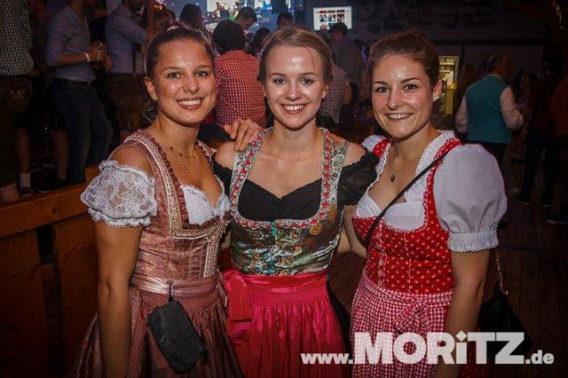 8.10. Onetaste-Studentennacht im Wasenwirt Zelt auf dem Cannstatter Volksfest (57 von 80).jpg