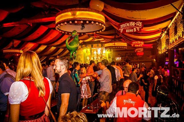 8.10. Onetaste-Studentennacht im Wasenwirt Zelt auf dem Cannstatter Volksfest (70 von 80).jpg