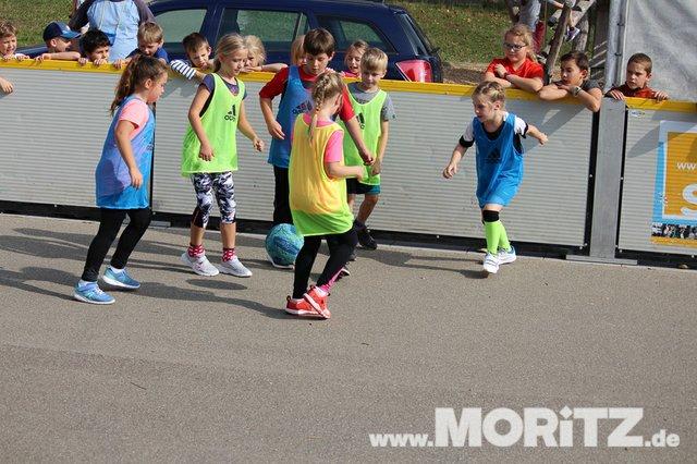 9.10. Straßenfussball für Toleranz an der Bretwiesenschule in Hochdorf (11 von 41).jpg
