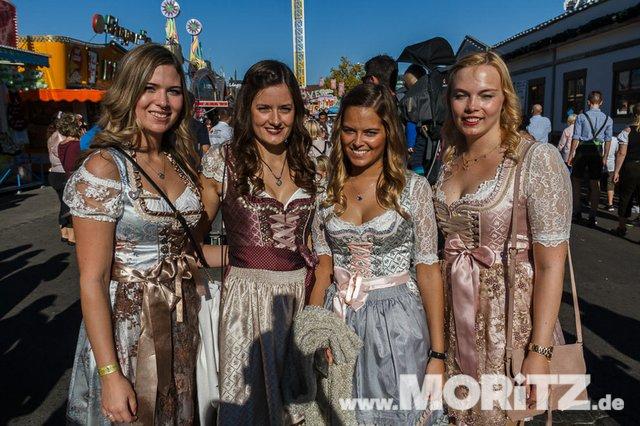 13.10. Volksfest auf dem Cannstatter Wasen, Stuttgart (1 von 68).jpg