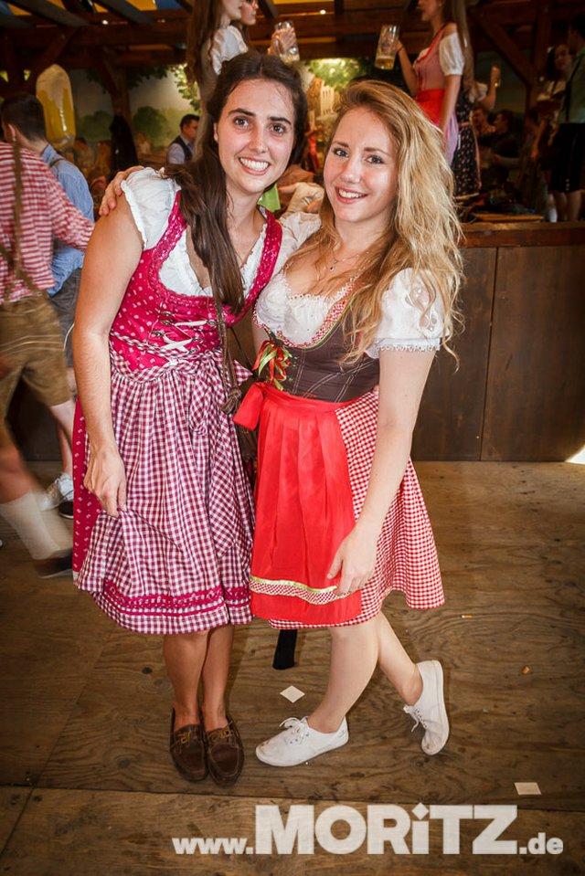 13.10. Volksfest auf dem Cannstatter Wasen, Stuttgart (14 von 68).jpg