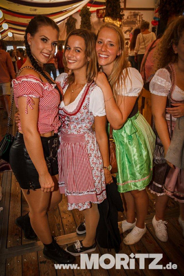 13.10. Volksfest auf dem Cannstatter Wasen, Stuttgart (19 von 68).jpg