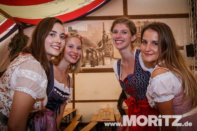 13.10. Volksfest auf dem Cannstatter Wasen, Stuttgart (24 von 68).jpg