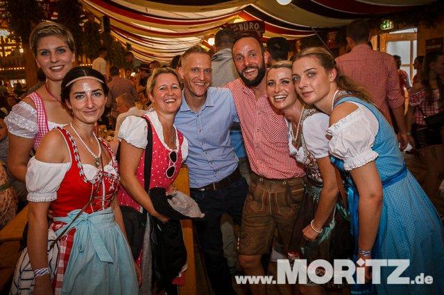 13.10. Volksfest auf dem Cannstatter Wasen, Stuttgart (28 von 68).jpg