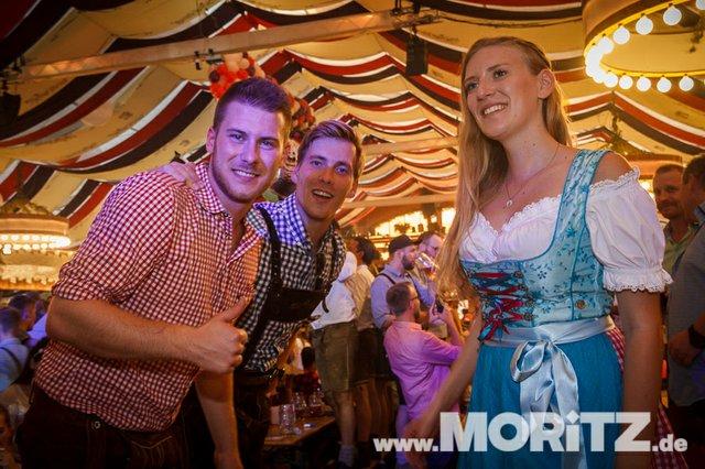13.10. Volksfest auf dem Cannstatter Wasen, Stuttgart (36 von 68).jpg