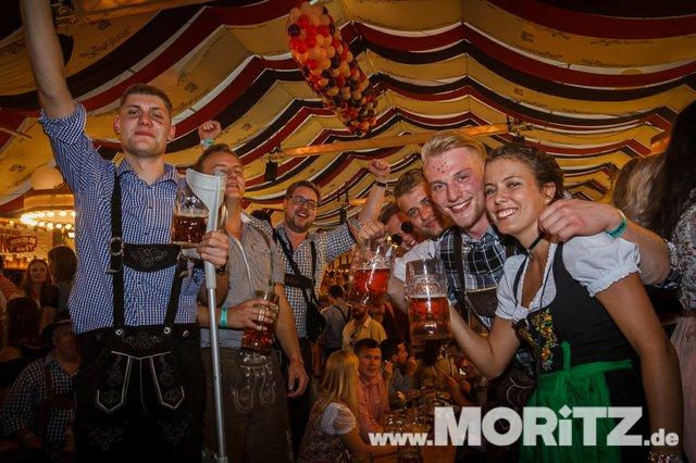13.10. Volksfest auf dem Cannstatter Wasen, Stuttgart (51 von 68).jpg