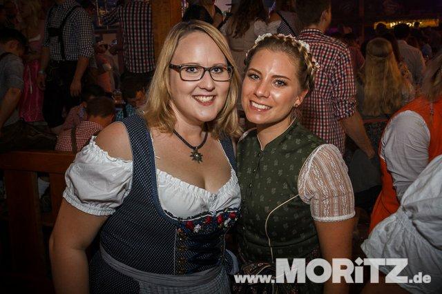 13.10. Volksfest auf dem Cannstatter Wasen, Stuttgart (54 von 68).jpg