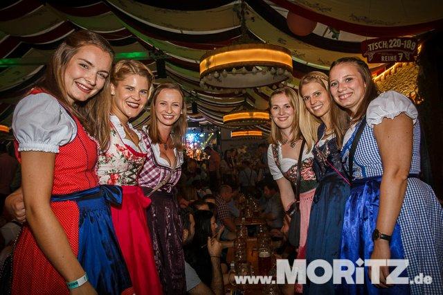 13.10. Volksfest auf dem Cannstatter Wasen, Stuttgart (63 von 68).jpg