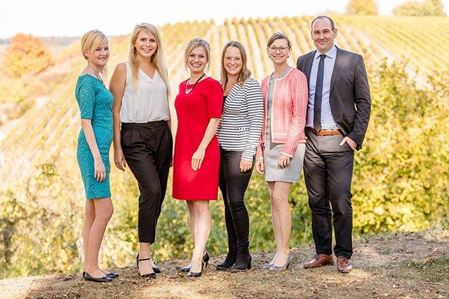Weinkönigin Gruppenbild