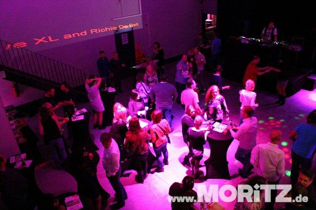 Cocktails, Gogo-Girls und flotte Beats - eine Super-Fete für alle Junggebliebenen war die ü30 Party in Orange. (24 von 74).jpg