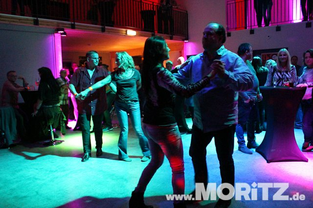Cocktails, Gogo-Girls und flotte Beats - eine Super-Fete für alle Junggebliebenen war die ü30 Party in Orange. (29 von 74).jpg