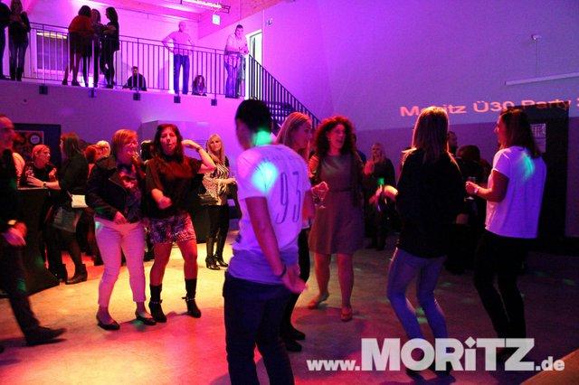 Cocktails, Gogo-Girls und flotte Beats - eine Super-Fete für alle Junggebliebenen war die ü30 Party in Orange. (31 von 74).jpg