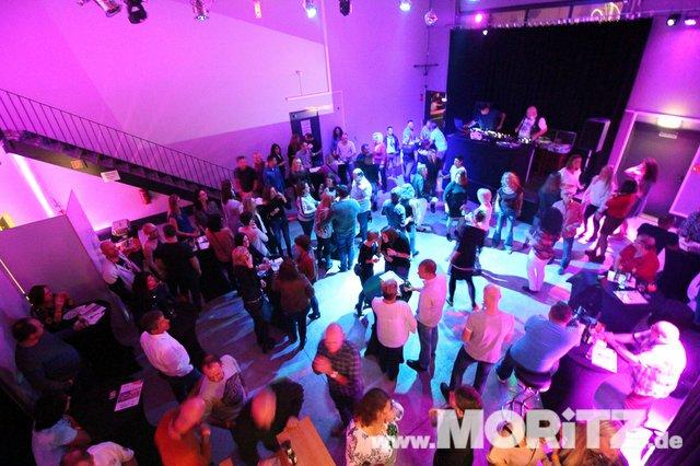 Cocktails, Gogo-Girls und flotte Beats - eine Super-Fete für alle Junggebliebenen war die ü30 Party in Orange. (36 von 74).jpg