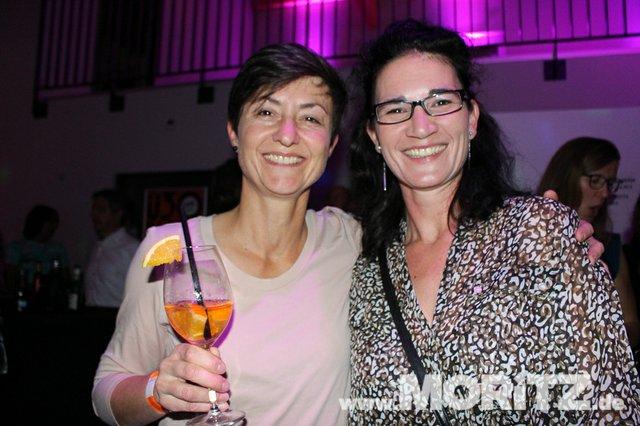 Cocktails, Gogo-Girls und flotte Beats - eine Super-Fete für alle Junggebliebenen war die ü30 Party in Orange. (40 von 74).jpg