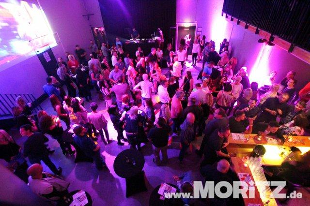 Cocktails, Gogo-Girls und flotte Beats - eine Super-Fete für alle Junggebliebenen war die ü30 Party in Orange. (55 von 74).jpg