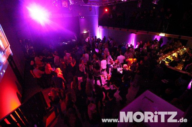 Cocktails, Gogo-Girls und flotte Beats - eine Super-Fete für alle Junggebliebenen war die ü30 Party in Orange. (56 von 74).jpg