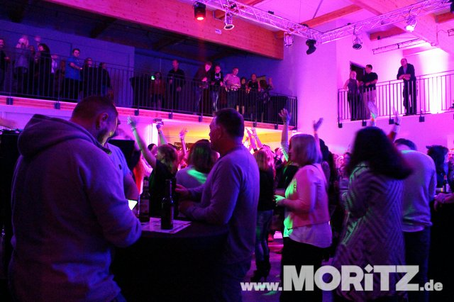Cocktails, Gogo-Girls und flotte Beats - eine Super-Fete für alle Junggebliebenen war die ü30 Party in Orange. (71 von 74).jpg