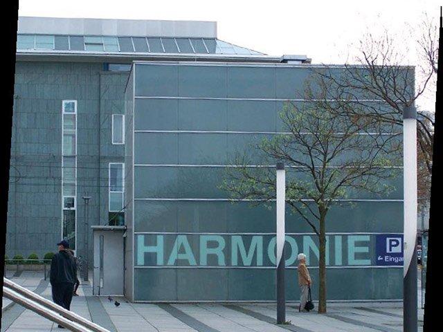 MORITZ Zeitstrahl 2001 Harmonie