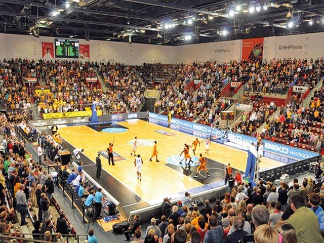 Moritz Zeitstrahl MHP Arena
