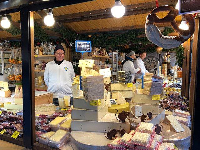 Weihnachtsmarkt HN Käsbär