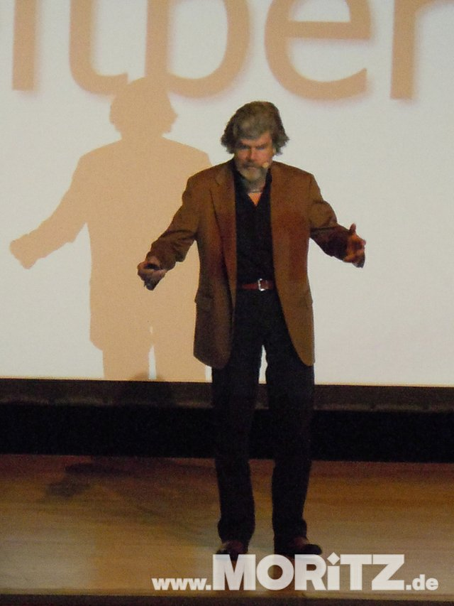Mit- Weltberge- in Heilbronn - Reinhold Messner sorgte für Begeisterung und Unterhaltung beim Publikum. (27 von 28).jpg