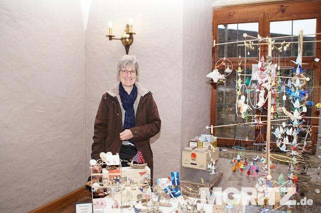 Tolle Auswahl in toller Atmosphäre für die Besucher von  Handmade Love auf Burg Stettenfels. (17 von 74).jpg