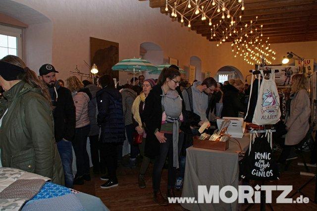 Tolle Auswahl in toller Atmosphäre für die Besucher von  Handmade Love auf Burg Stettenfels. (34 von 74).jpg