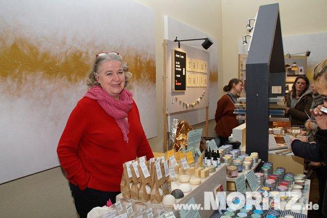 Tolle Auswahl in toller Atmosphäre für die Besucher von  Handmade Love auf Burg Stettenfels. (48 von 74).jpg