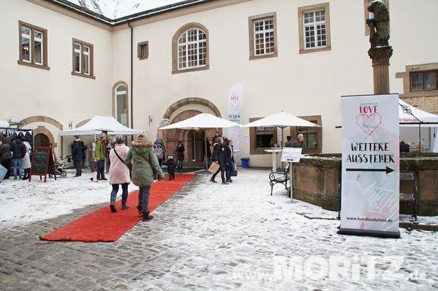 Tolle Auswahl in toller Atmosphäre für die Besucher von  Handmade Love auf Burg Stettenfels. (54 von 74).jpg