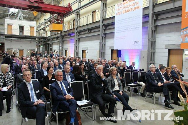 Rahmenprogramm, Reden und Unterhaltung machten die Feierlichkeiten zum 20 jährigen Jubiläum der IFH zum gelungenen Festakt. (20 von 52).jpg