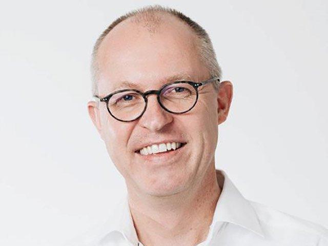 Dr. Thomas Kuhn