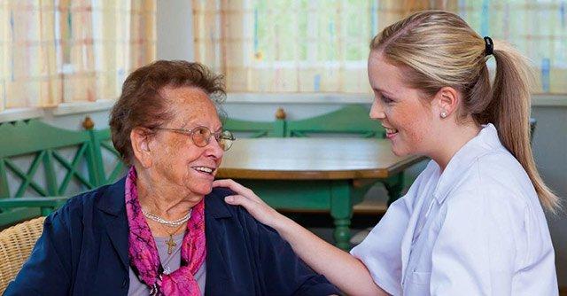 Berufsfachschule Altenpflege