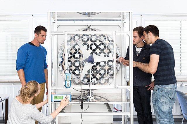 Hochschule Esslingen Labor Mechatronik
