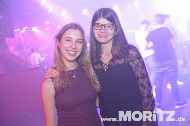 Mit Partylaune und Tanz ging es bei Welcome to the Weekend ins Wochenende. (16 von 30).jpg