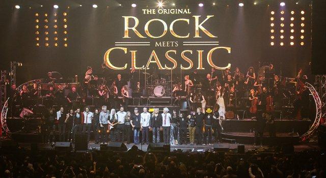Große Stimmung von Anfang bis Ende gab es bei Rock meets Classic in Ludwigsburg. (30 von 30).jpg