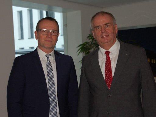 Ralf Stegmann (xmedia) und Thomas Hinderberger (Volksbank)