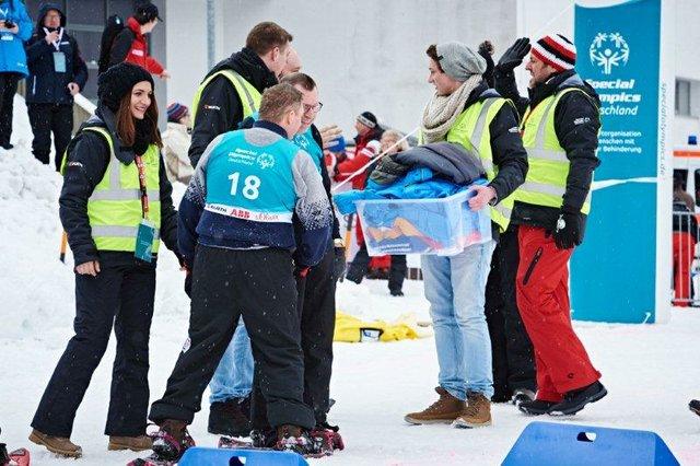 Über 50 freiwillige Helfer von Würth bei den Winterspielen von Special Olympics Deutschland