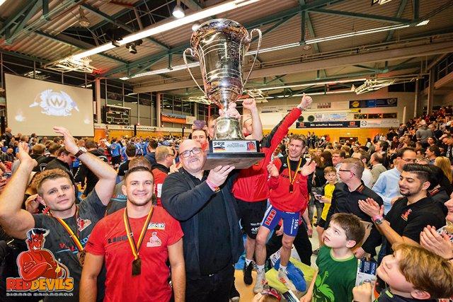 Red-Devils-Finale-in-Burghausen.jpg